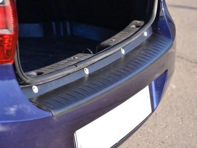 Защитная накладка на задний бампер на ЛАДА ГРАНТА седан