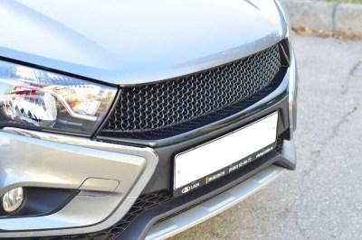 """Тюнинг решетка радиатора """"РТ"""" (Exclusive/Luxe) на LADA VESTA седан"""
